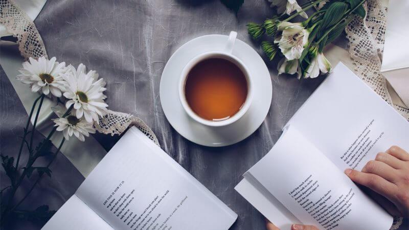 8 dôvodov prečo čítať knihy